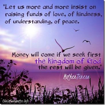 mother_teresa_raising_kindness500